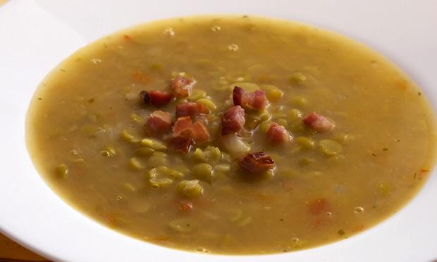 Sopa de ervilha com bacon