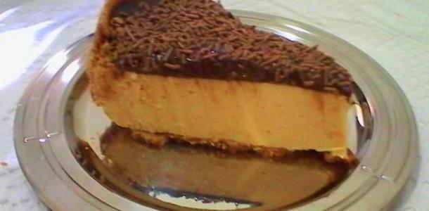 Torta rápida de maracujá com chocolate