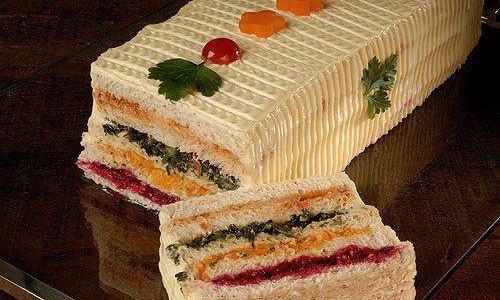Torta gelada de pão salgado