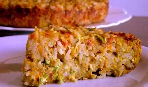 Torta de arroz e atum