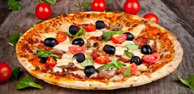 Massa de Pizza Fofinha de 2 Ingredientes