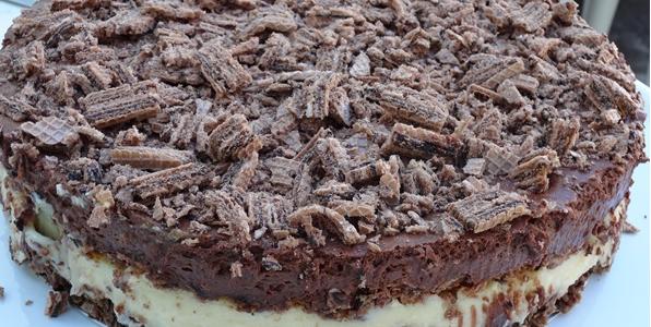 Torta de biscoito wafer