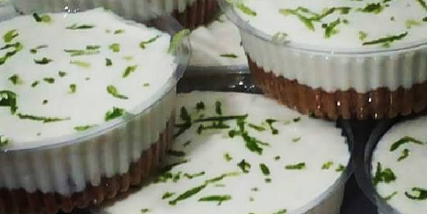 Mini tortas de limão no potinho