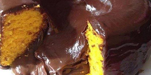 Bolo Vulcão de Cenoura com Chocolate
