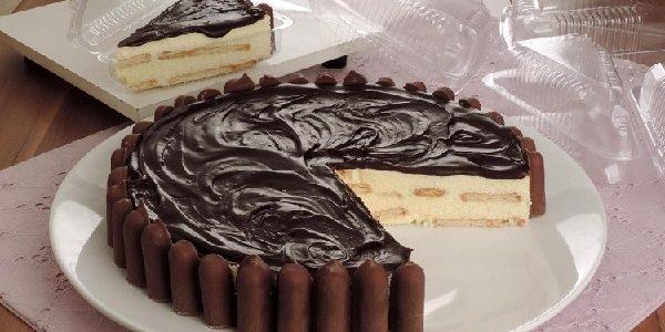 Torta Alemã com Palitinhos de Chocolate