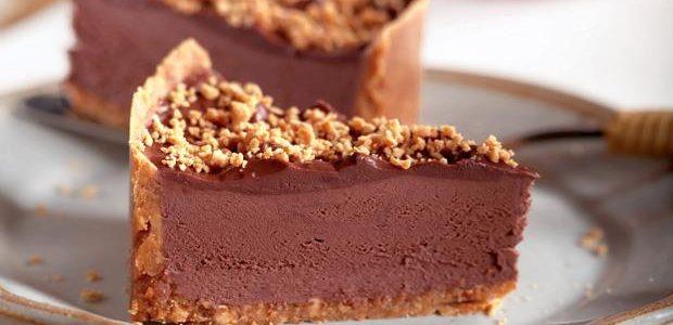 Torta cremosa de paçoca e chocolate