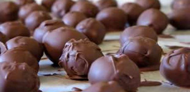 Trufas de chocolate no micro-ondas